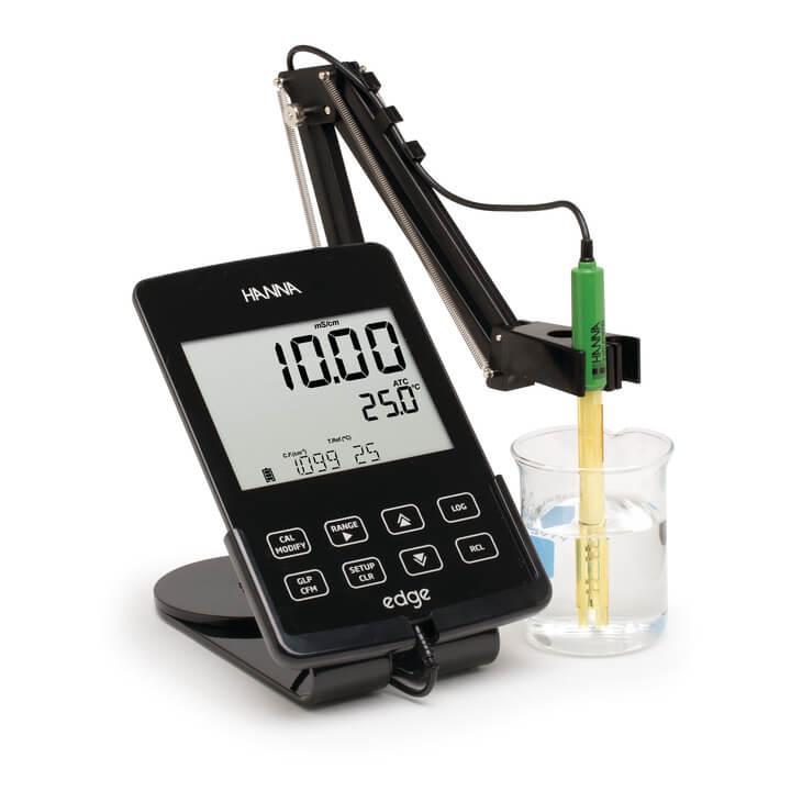 Medidor multiparamétrico Edge® para conductividad